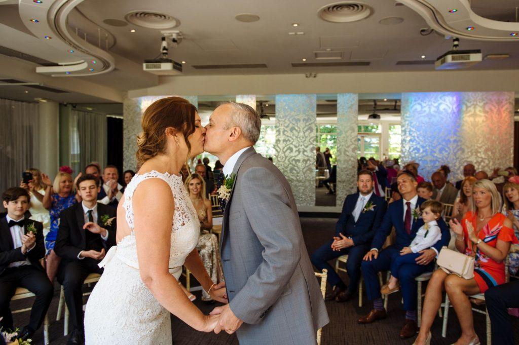 kensington-roof-gardens-wedding-013-1024x681