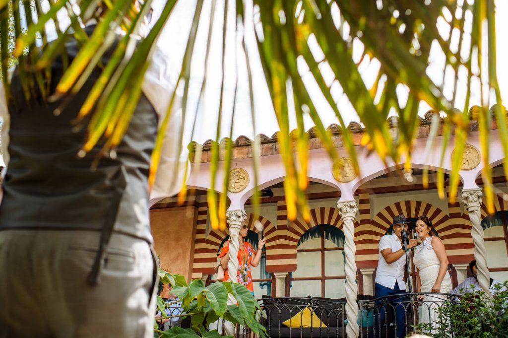 kensington-roof-gardens-wedding-039-1024x681