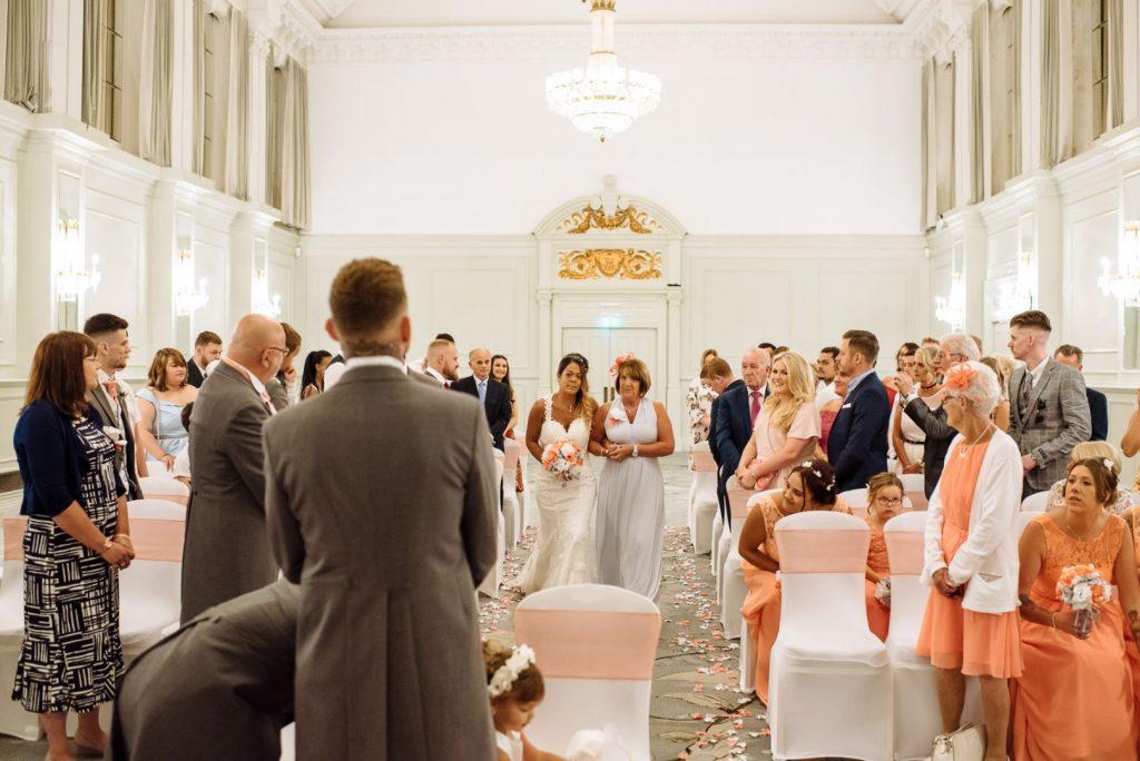 hilton-hotel-brighton-wedding-019-1024x684