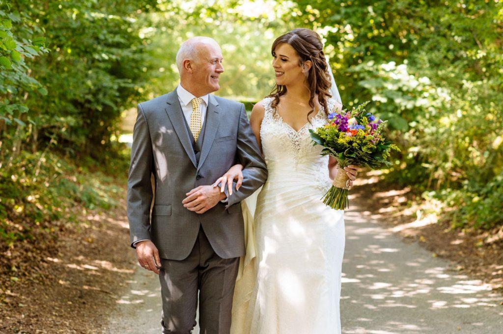 brookfield-barn-wedding-017-1024x681