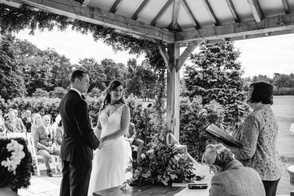 brookfield-barn-wedding-021-1024x684