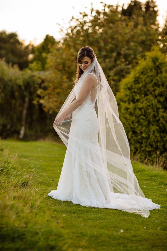 brookfield-barn-wedding-053-681x1024