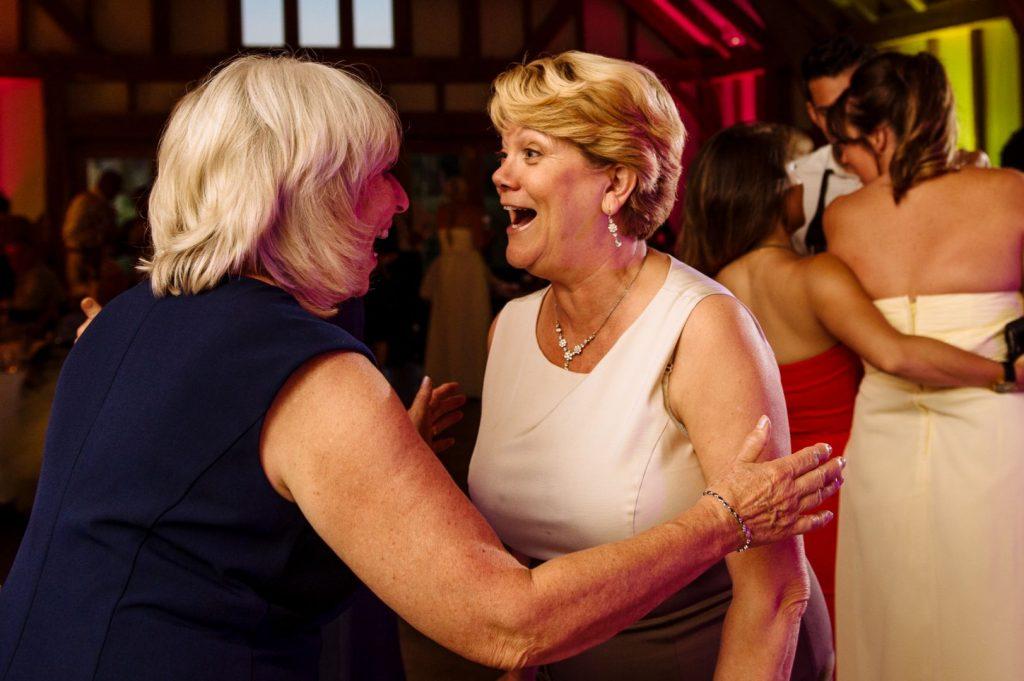 brookfield-barn-wedding-059-1024x681