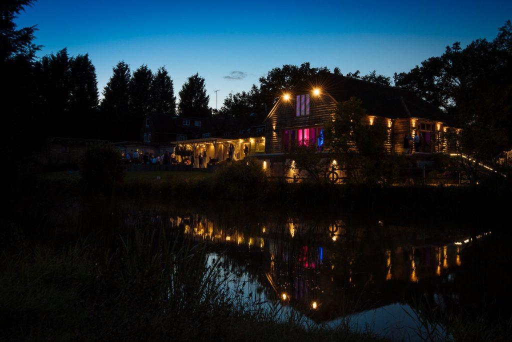 brookfield-barn-wedding-061-1024x684
