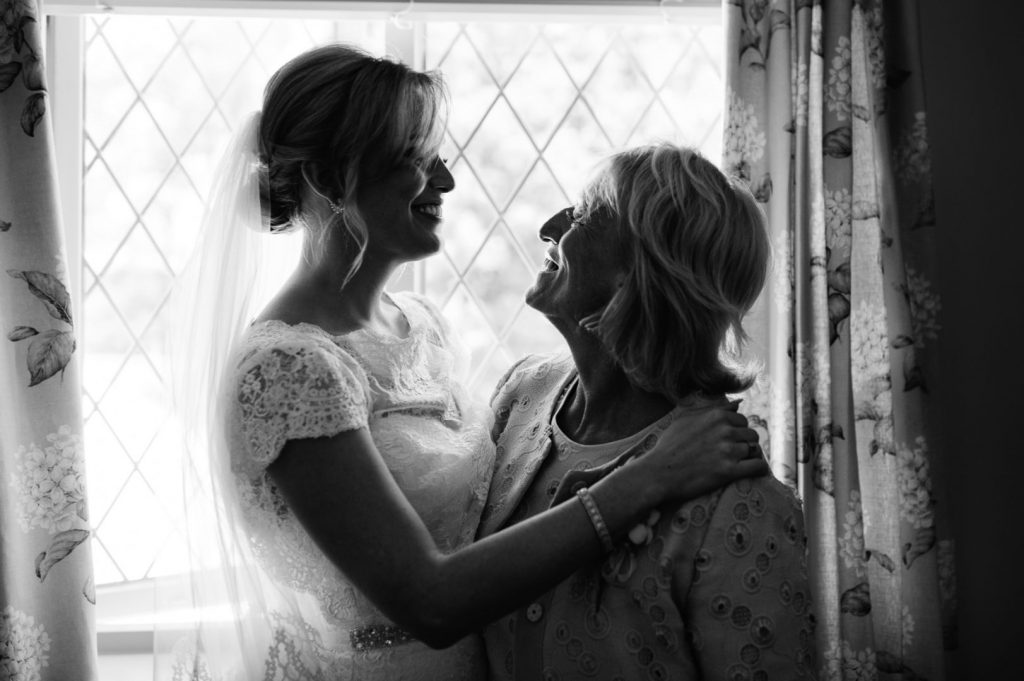 sussex-wedding-photographer-025-1024x681