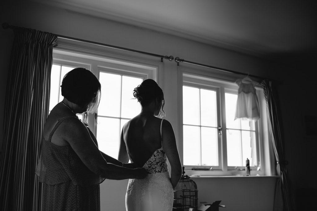 laughton-barns-wedding-photographer-005--1024x684