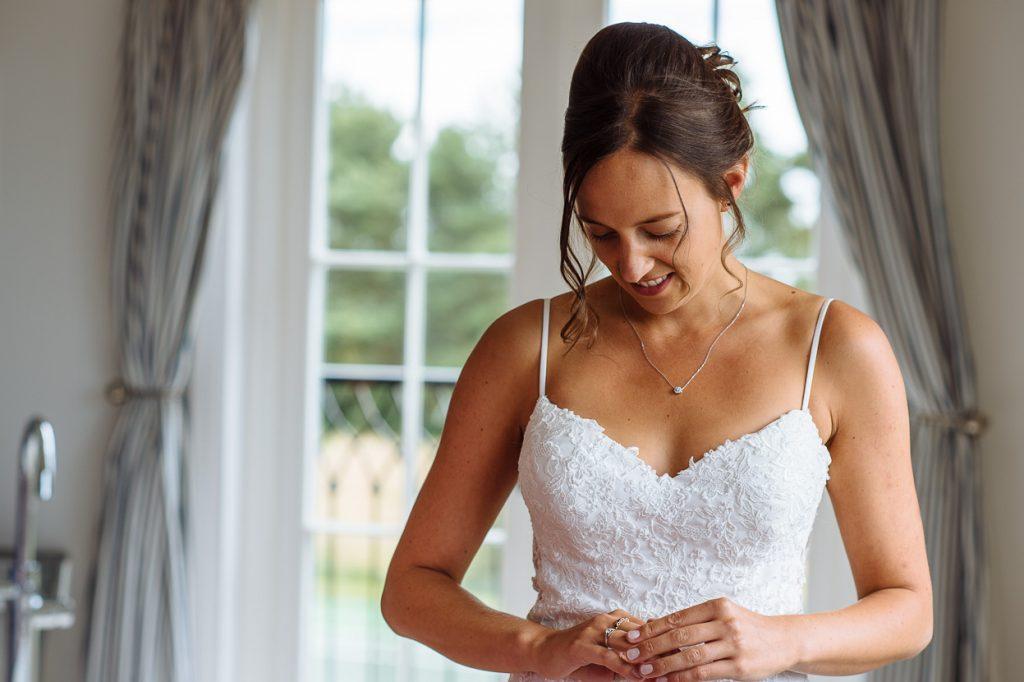 laughton-barns-wedding-photographer-006--1024x682