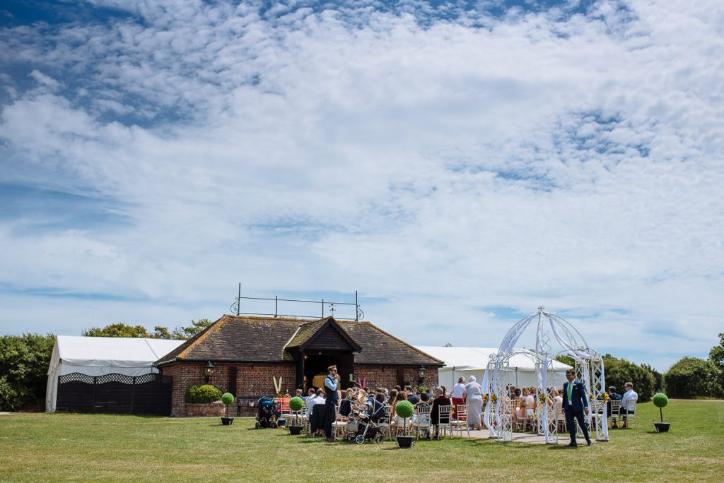 laughton-barns-wedding-photographer-010--1024x684