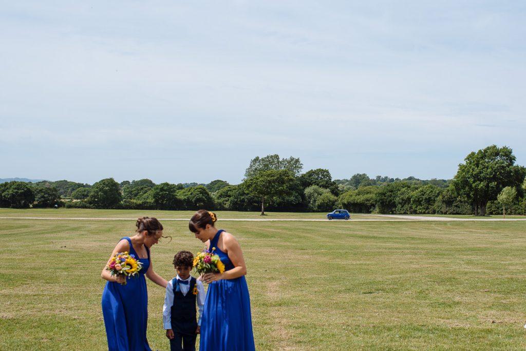 laughton-barns-wedding-photographer-012--1024x684