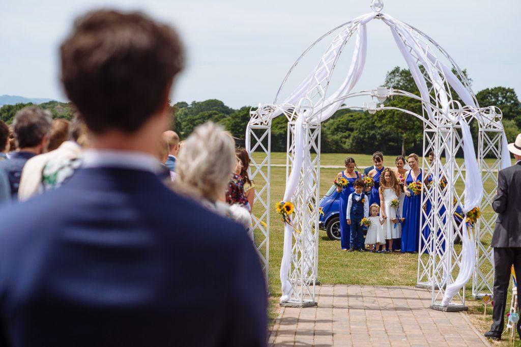 laughton-barns-wedding-photographer-014--1024x682