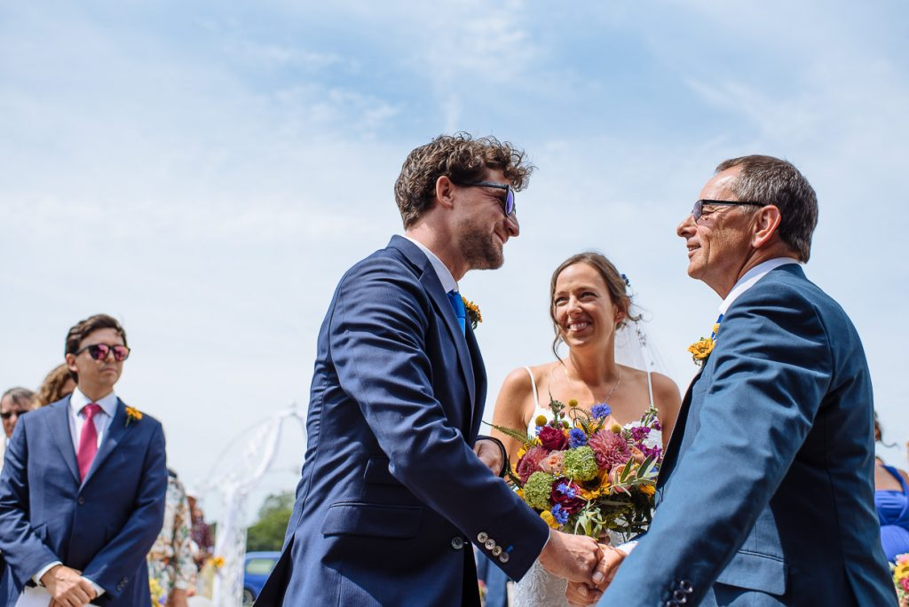 laughton-barns-wedding-photographer-016--1024x684