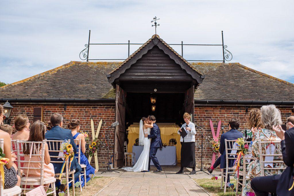 laughton-barns-wedding-photographer-018--1024x684