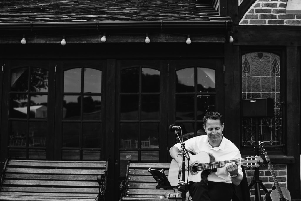 laughton-barns-wedding-photographer-021--1024x684