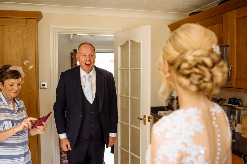 pippingford-park-wedding-photographer-003--1024x682