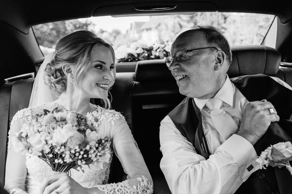 pippingford-park-wedding-photographer-006--1024x682