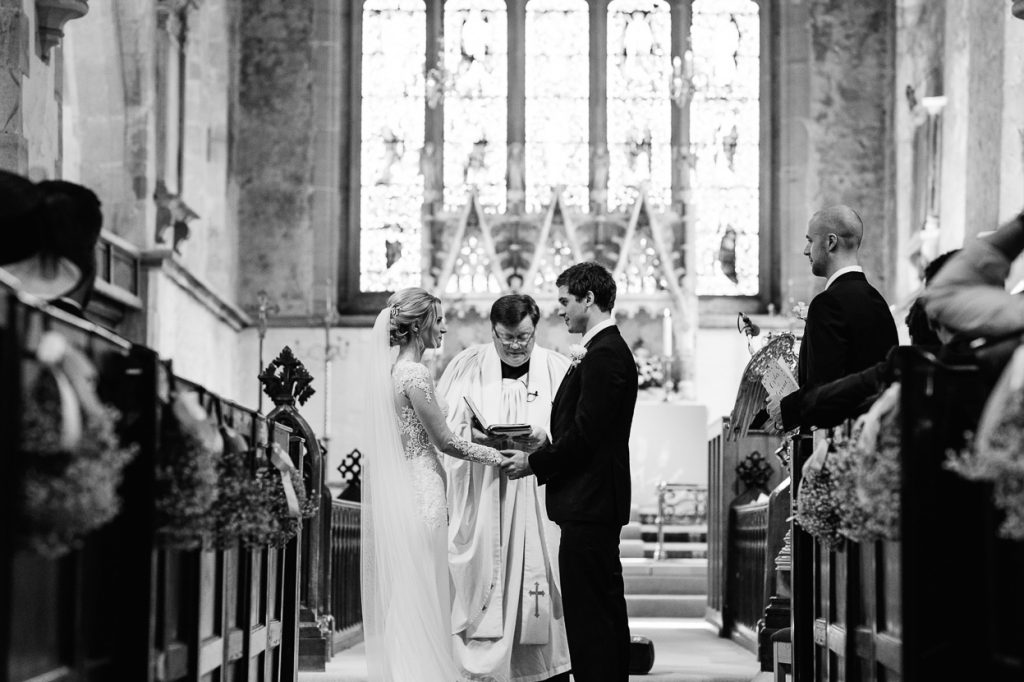 pippingford-park-wedding-photographer-007--1024x682