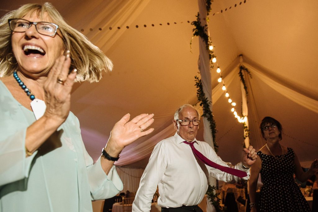 pippingford-park-wedding-photographer-031--1024x684