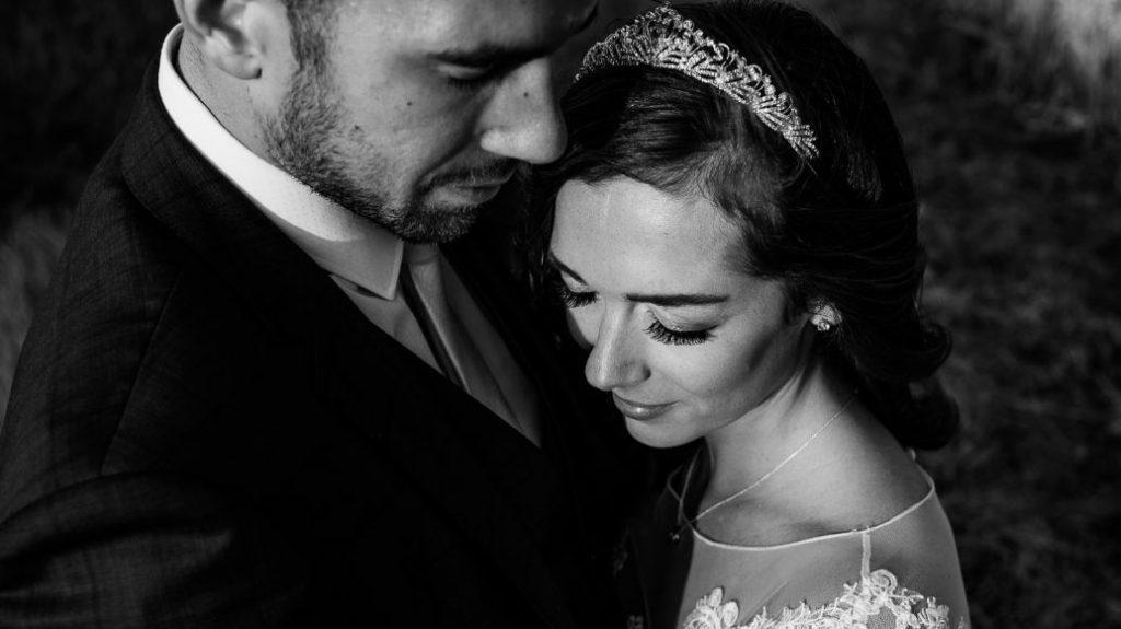 tottington-manor-wedding-photographer-029--1024x575