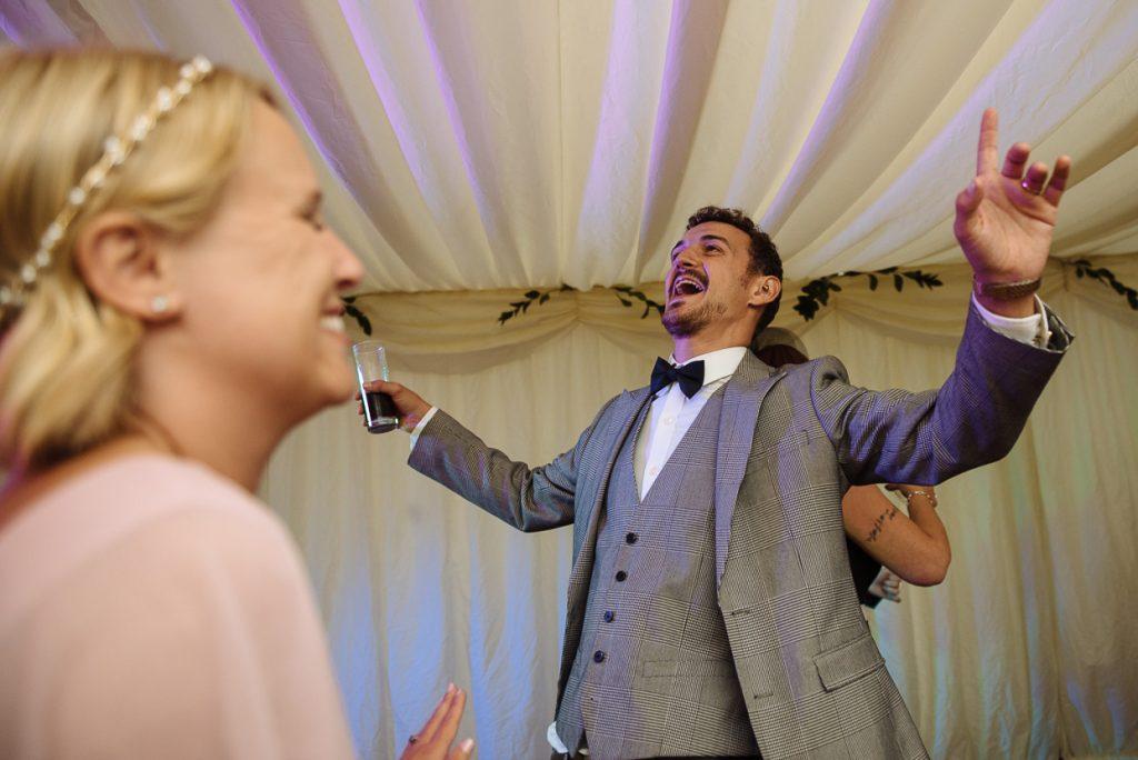 four-oaks-farm-wedding-photographer-037--1024x684