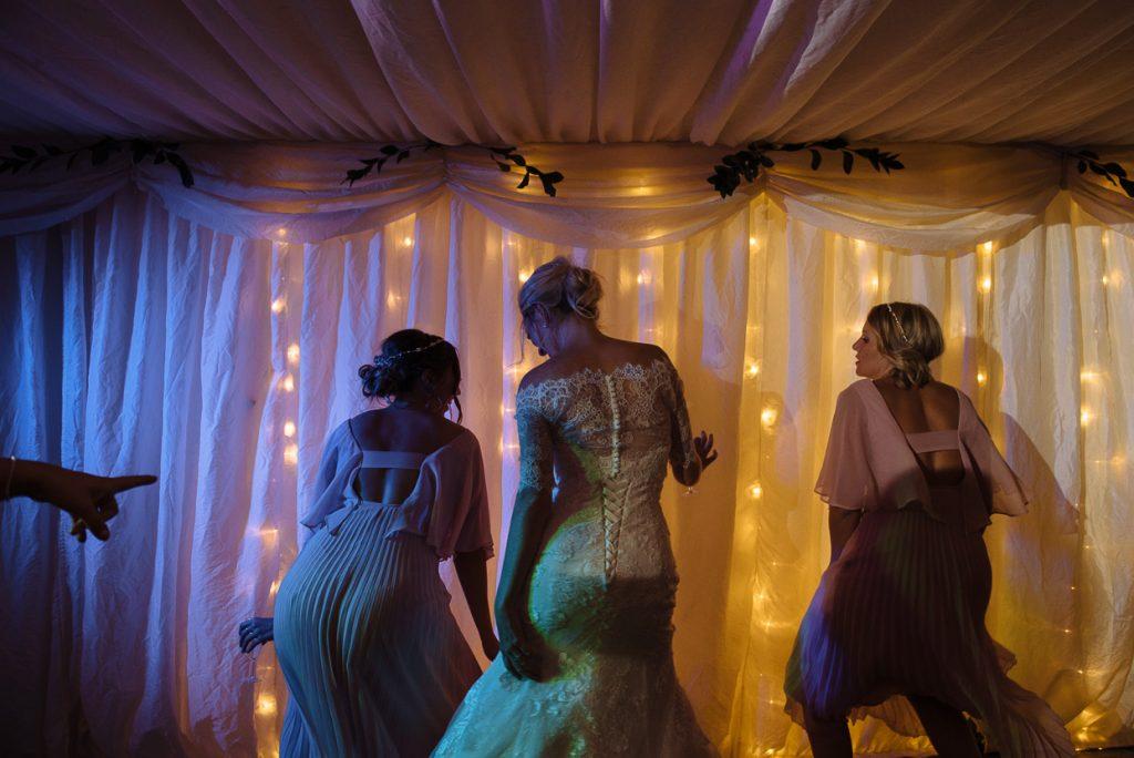 four-oaks-farm-wedding-photographer-041--1024x684