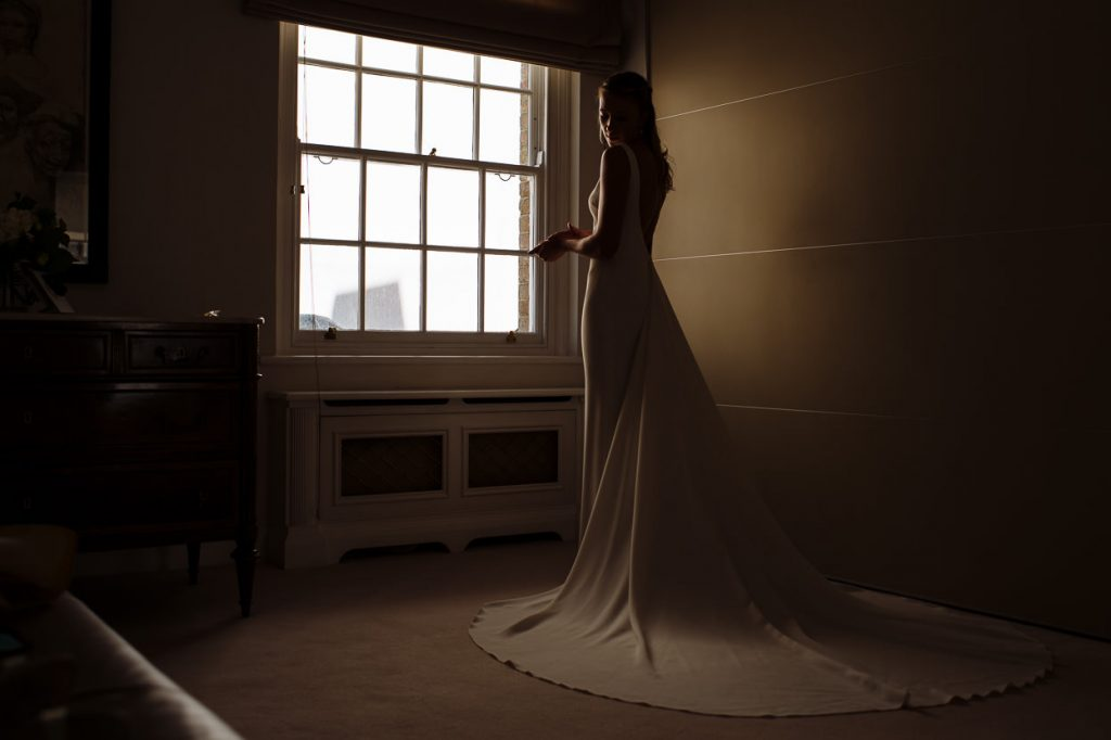 014-london-wedding-photographer-cavalry-guards-club-1024x682