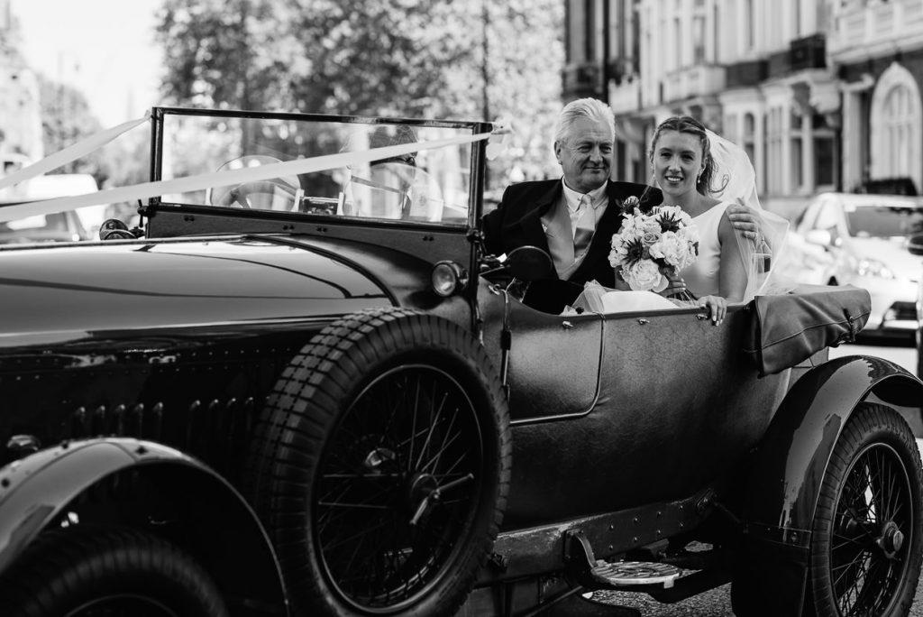 020-london-wedding-photographer-cavalry-guards-club-1024x684