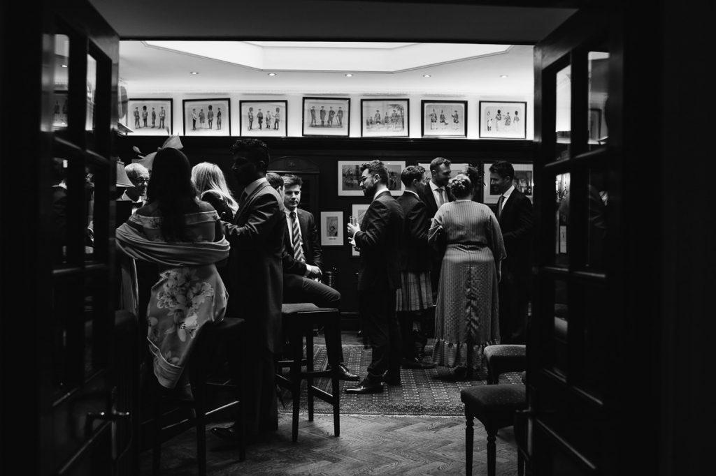031-london-wedding-photographer-cavalry-guards-club-1024x682