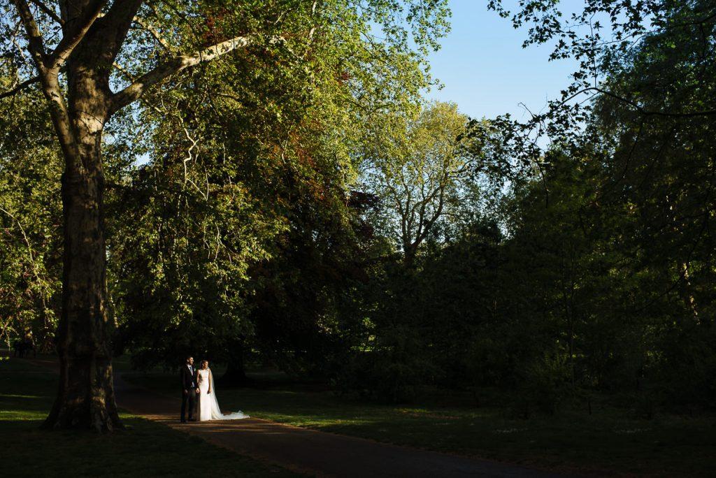 038-london-wedding-photographer-cavalry-guards-club-1024x684