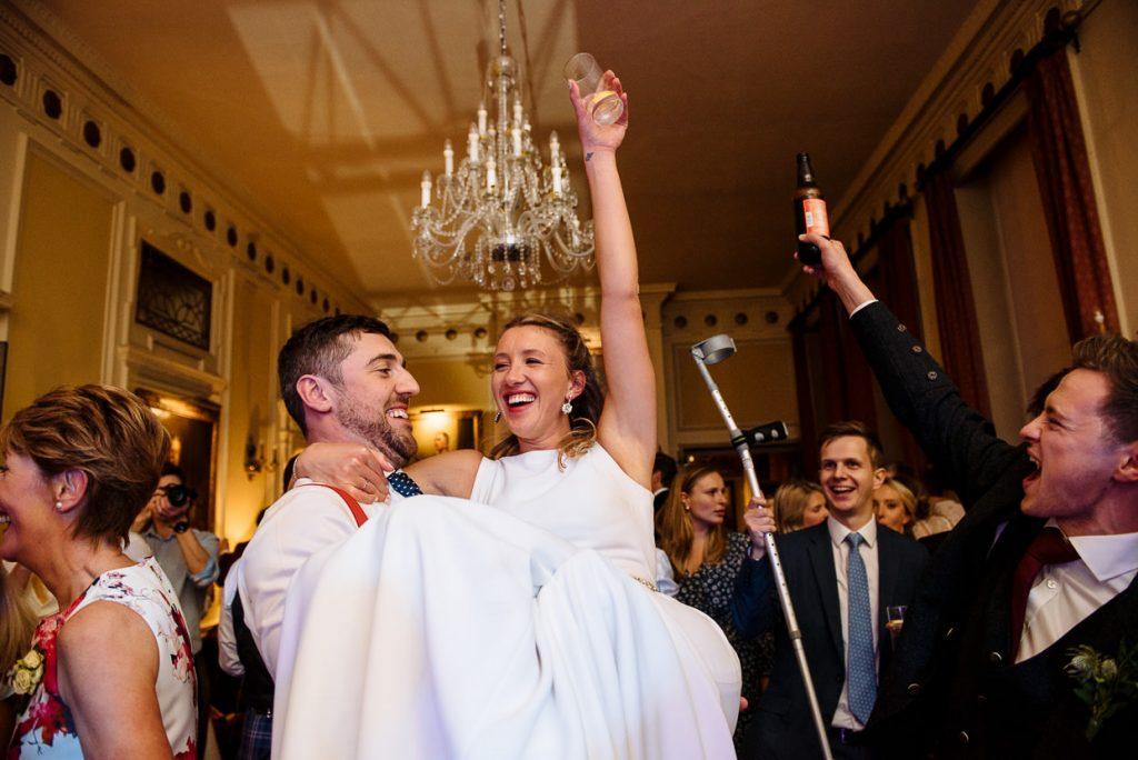 061-london-wedding-photographer-cavalry-guards-club-1024x684