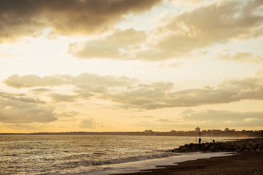 bournemouth-proposal-and-engagement-shoot-sussex-wedding-photographer-003-1024x683