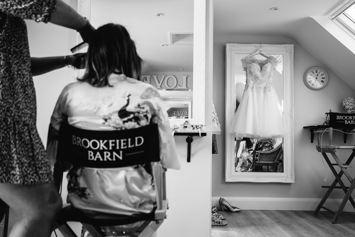 Brookfield Barn wedding bride getting ready