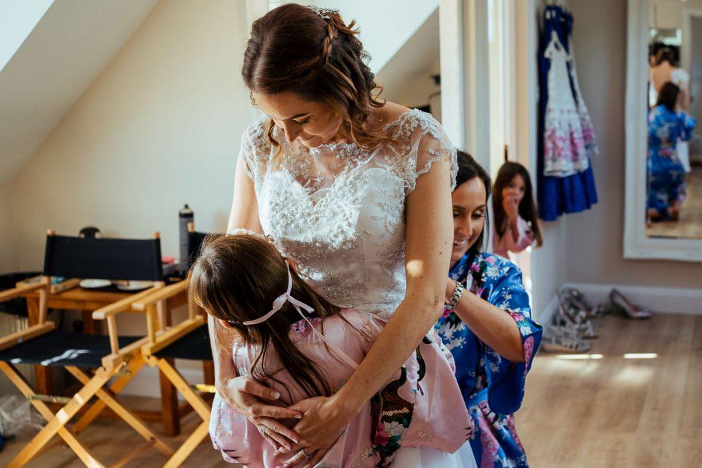 brookfield-barn-wedding-photographer-015-1024x683