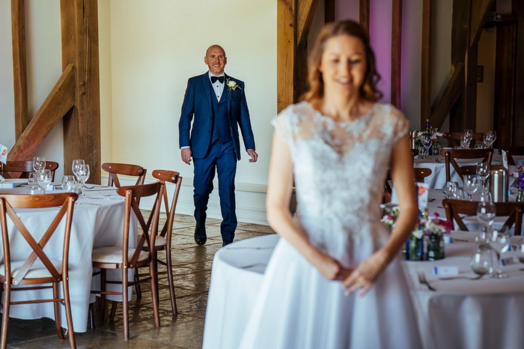brookfield-barn-wedding-photographer-018-1024x683