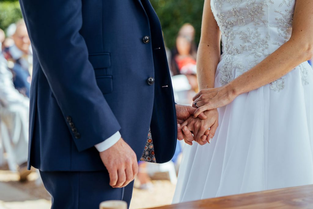 brookfield-barn-wedding-photographer-031-1024x683
