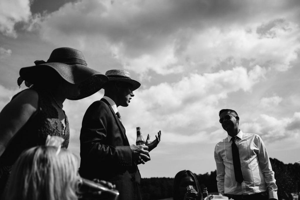 brookfield-barn-wedding-photographer-042-1024x683