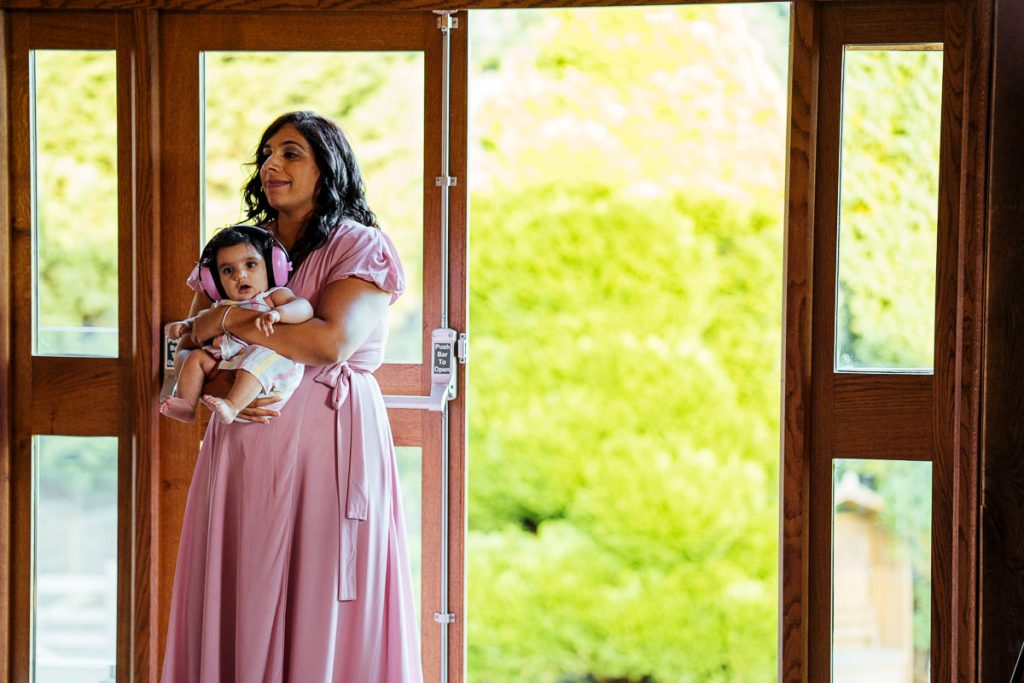 brookfield-barn-wedding-photographer-059-1024x683
