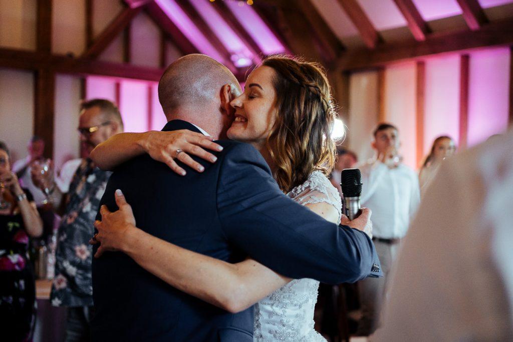 brookfield-barn-wedding-photographer-063-1024x683