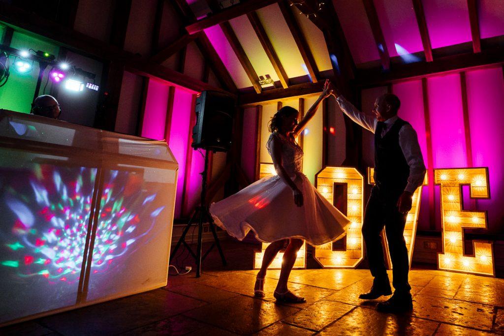 brookfield-barn-wedding-photographer-072-1024x683