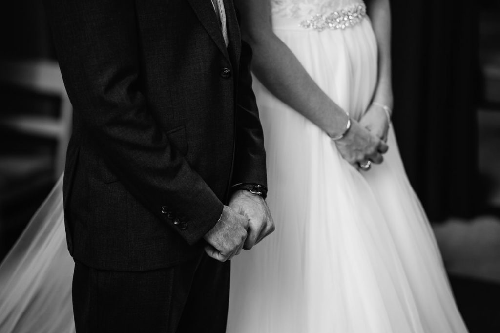 pangdean-barn-wedding-photographer-027-1024x682