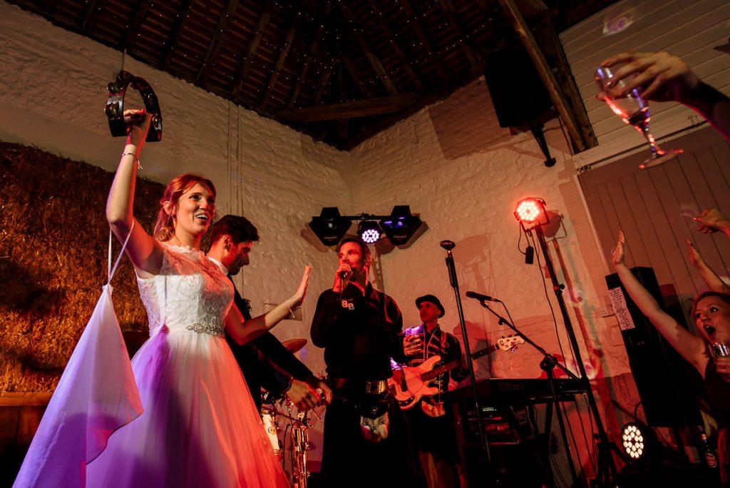 pangdean-barn-wedding-photographer-067-1024x684