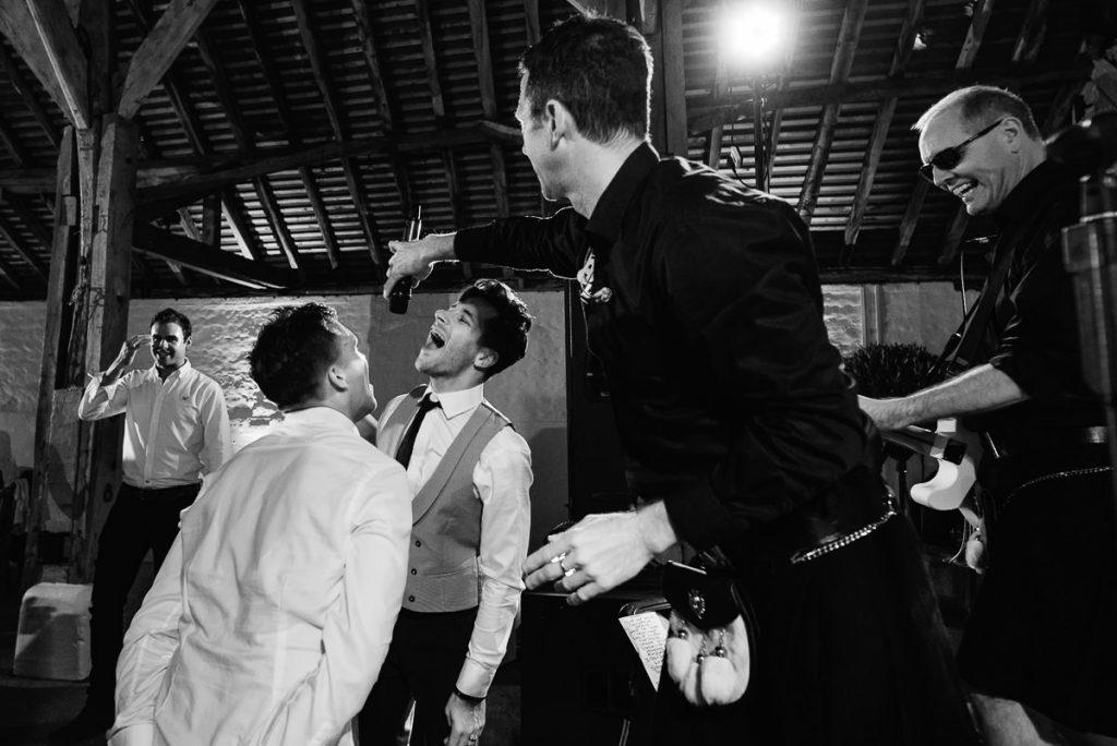 pangdean-barn-wedding-photographer-075-1024x684
