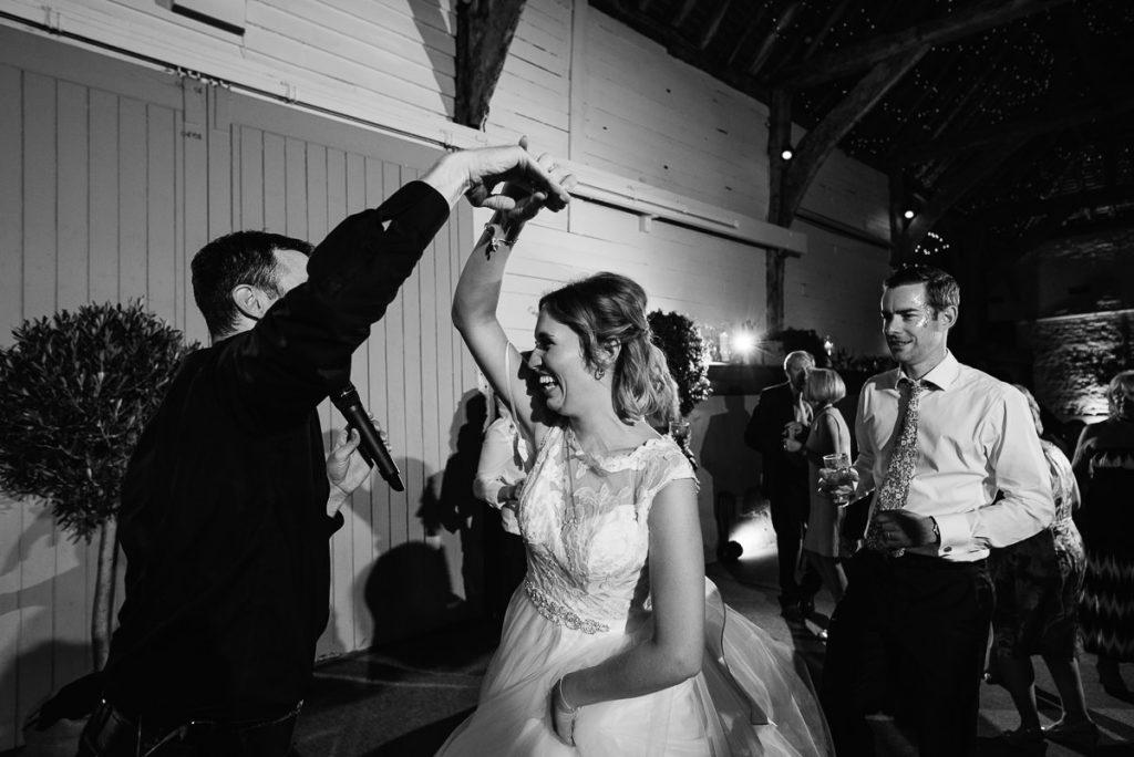 pangdean-barn-wedding-photographer-076-1024x684