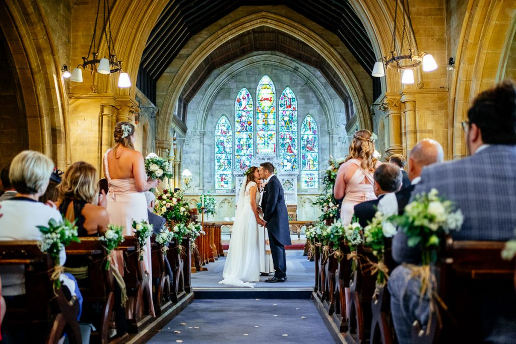 the-beacon-tunbridge-wells-wedding-photographer-020-1024x683