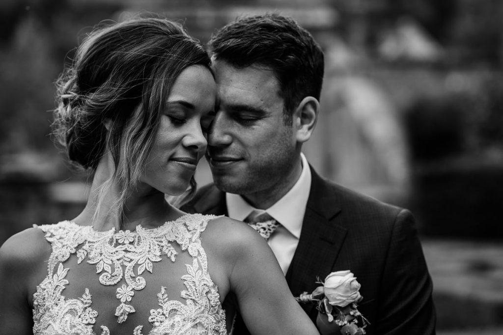 Wiston House wedding bride & groom portrait