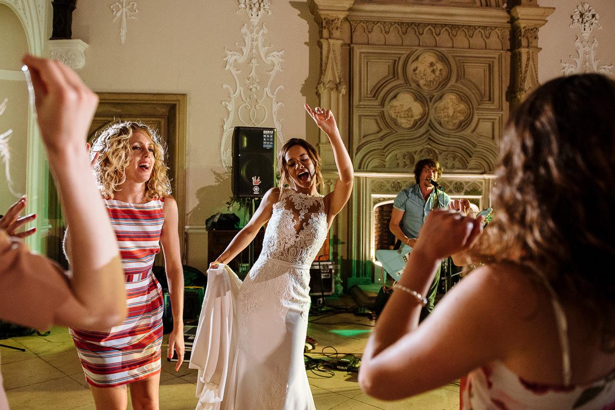 wiston-house-wedding-photographer-045