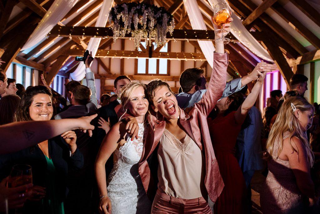best-wedding-photography-portfolio-032-1-1024x684