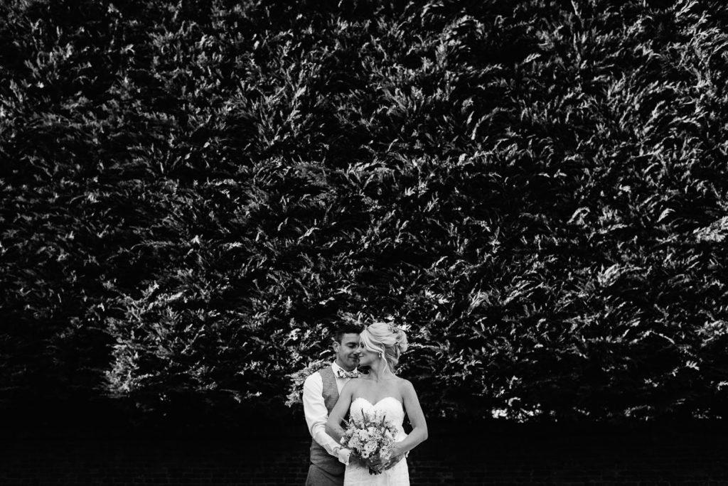 best-wedding-photography-portfolio-053-1-1024x684