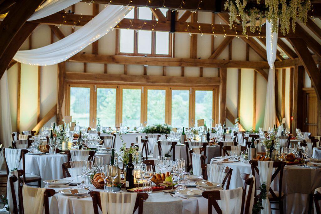 041-brookfield-barn-wedding-1024x682