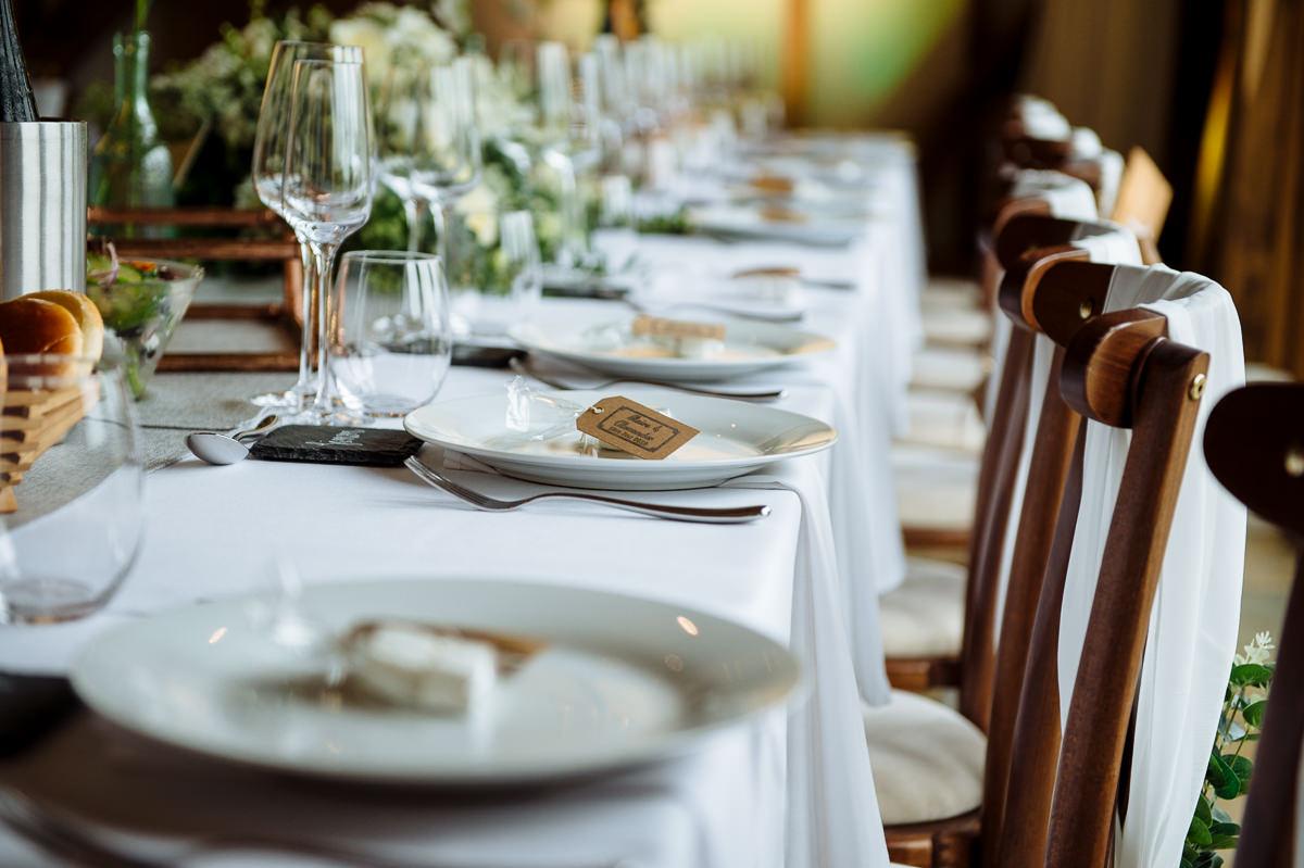 sussex-barn-countryside-wedding-venues-023
