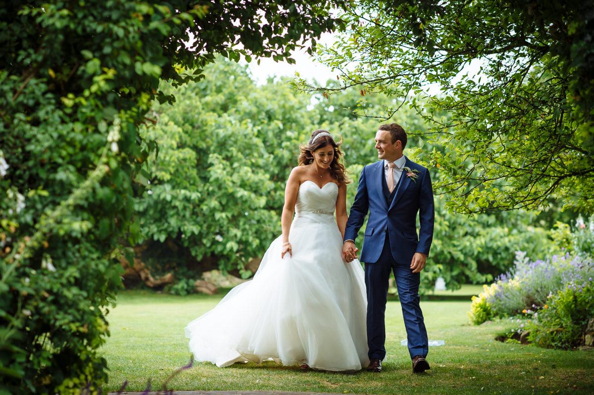 sussex-barn-countryside-wedding-venues-032